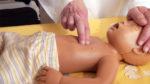 csecsemő-újraélesztés, újraélesztés, elsősegély, életmentés, bölcsőhalál, bébiőrző, bébifigyelő, légzésfigyelő, babadoktor, babadoktor.hu, kövesi tamás, pécsi tudományegyetem, gyermekgyógyászati klinika