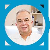 A kénes víz hatását vizsgáló orvoscsoport vezetője dr. Varga Péter, nőgyógyász főorvos